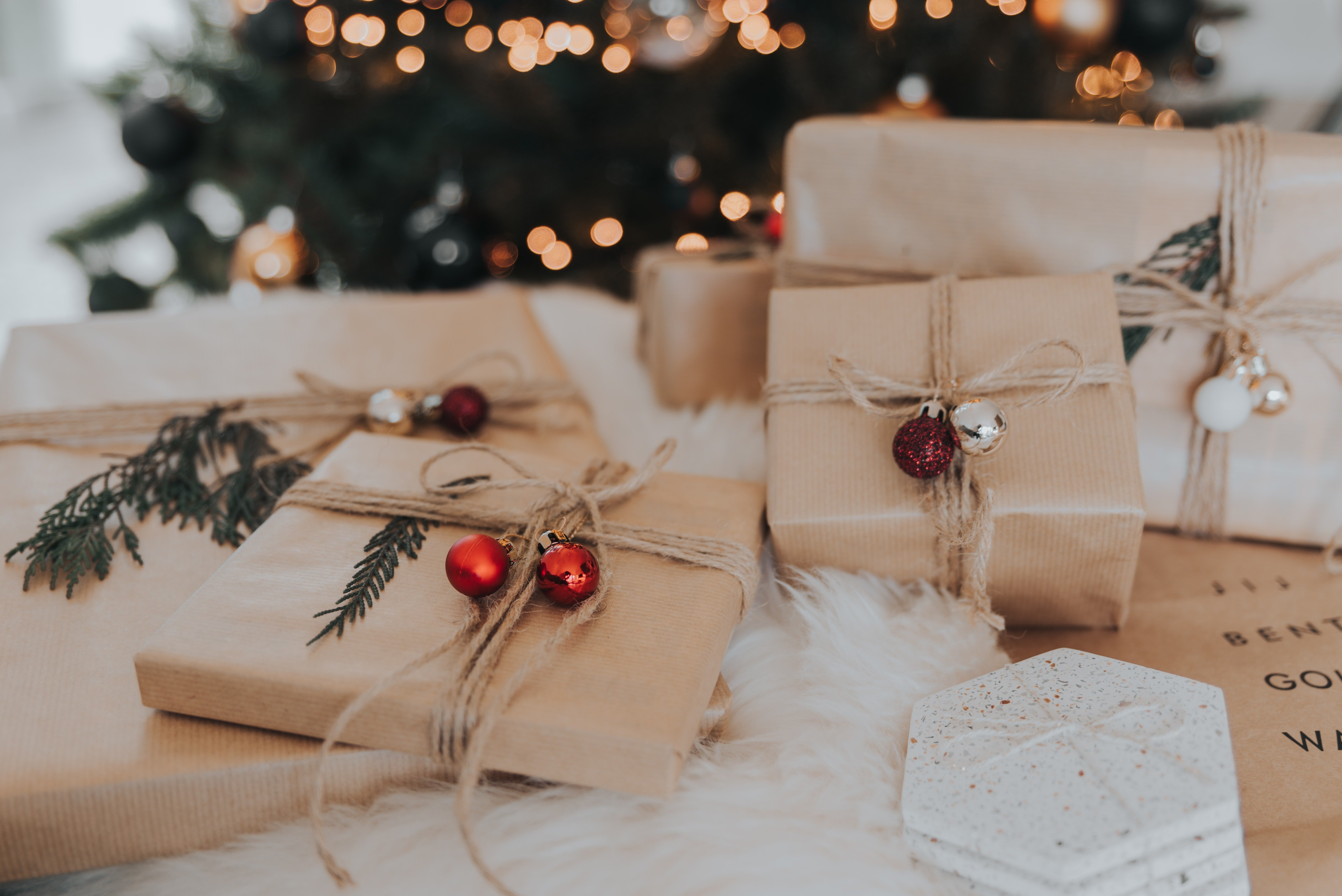 What to gift someone whos been given everything - blog post - Christmas - photo credit Lore Schodts